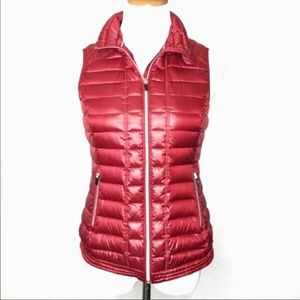 Tommy Hilfiger Red Puffer Vest Size Small